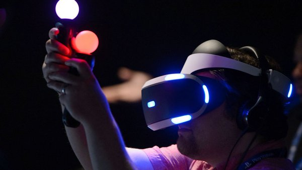 "IMAX and Google to develop the ""Cinema-grade"" Virtual Reality Camera."