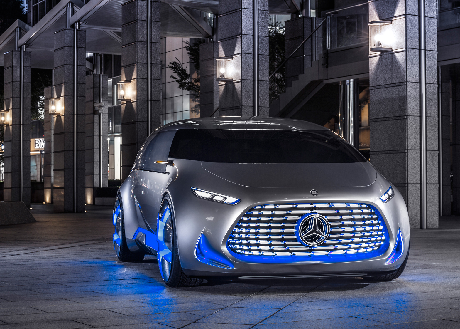Mercedes- Benz To Desing and Manufacture 4 Electric Cars By 2020