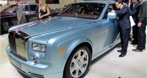 Electric Rolls-Royce Phantom 102EX Reviews.