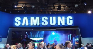 Samsung Might Be Working On 5.5- inch 4 K Display for the VR.